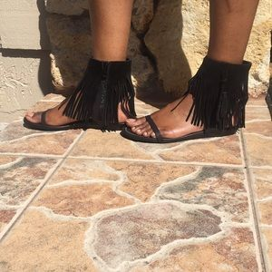 Shoes - Black Fringe Sandals